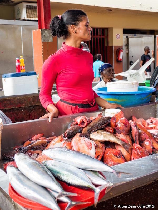pescadera mercado pescado mindelo