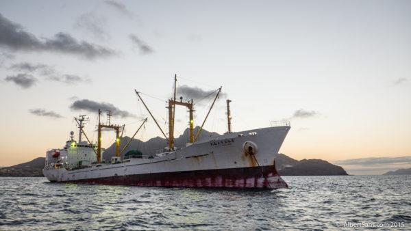 mercante barco bahia mindelo