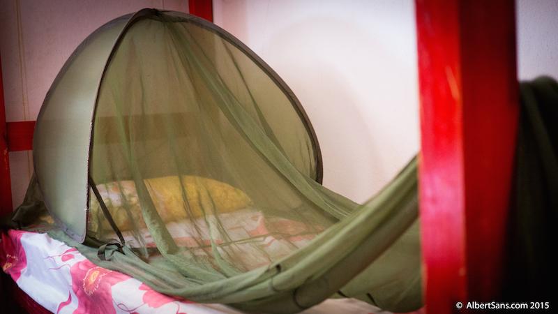 mosquitera en cama